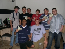 PowersGaming showing off their cash winnings - overall HF LAN #6 CSS tourney winners